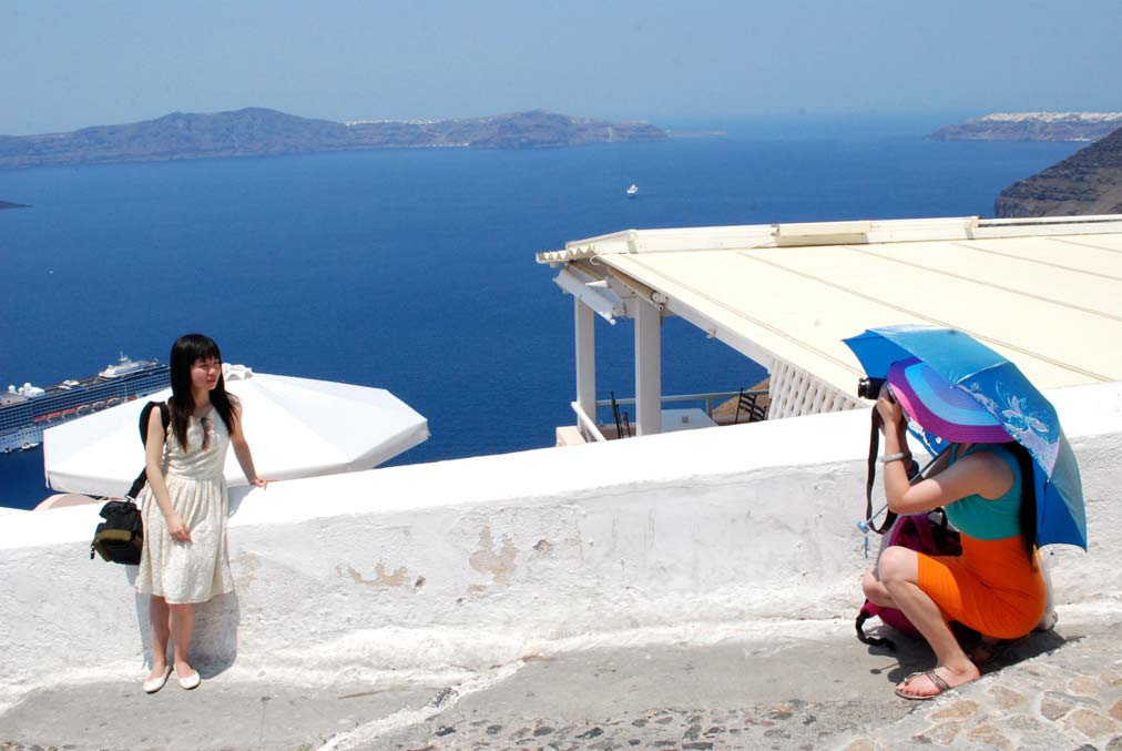 Santorini – the most picturesque Island on Earth